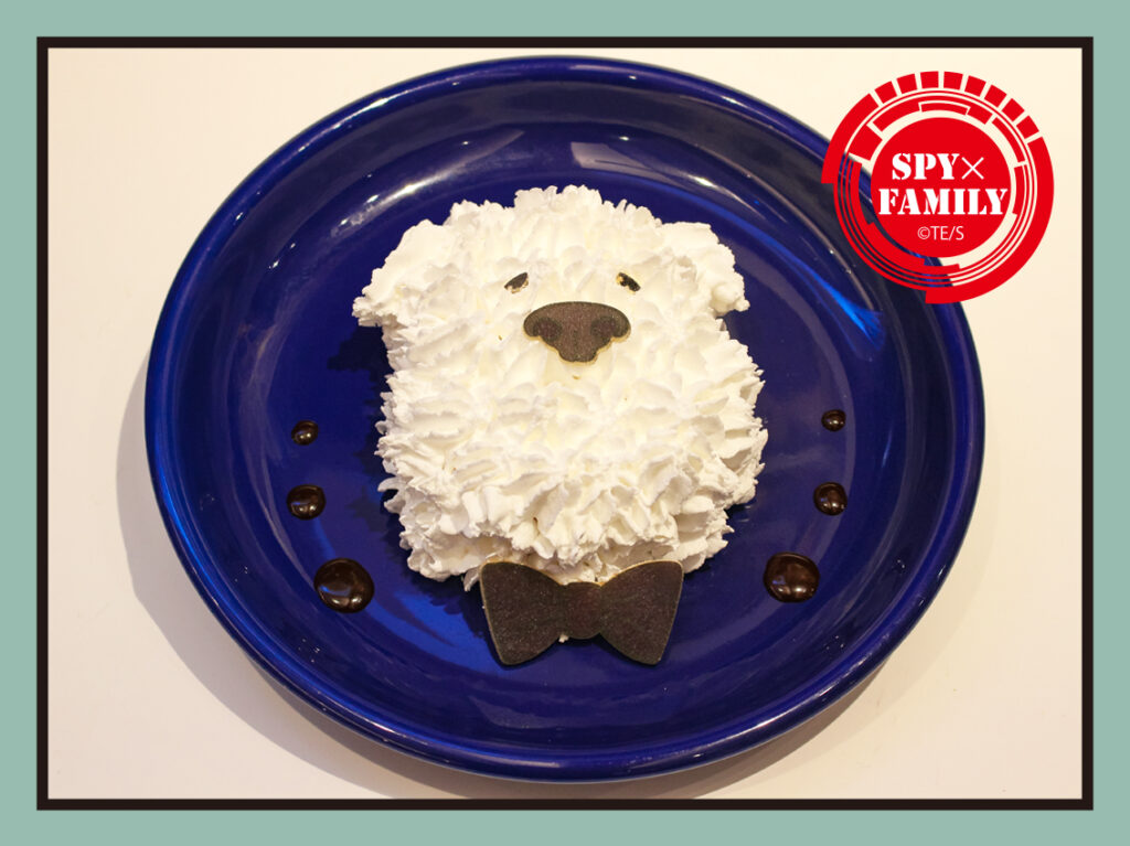 dessert plate from SPY x FAMILY Tower Records café
