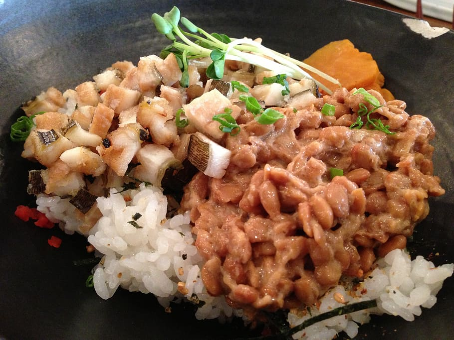 natto with toppings on white rice